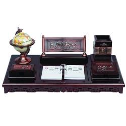 紅木檯曆擺設